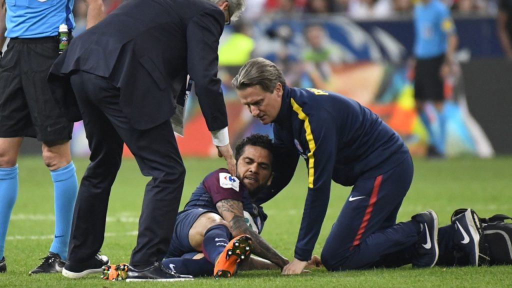 Dani Alves injury